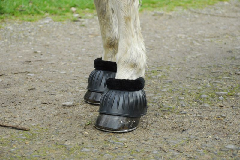 Rhinegold Fleece Trim Flexi Rubber Over Reach Boots